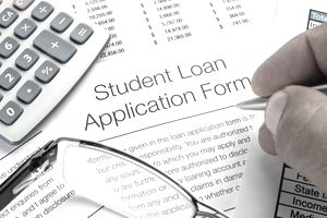 Advantages Of Opting For Student Loan With Different Student Loan Providers
